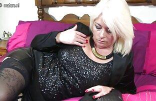 წაბლისფერი შემთხვევით pussy ლამაზი. კლასიკური, გეი