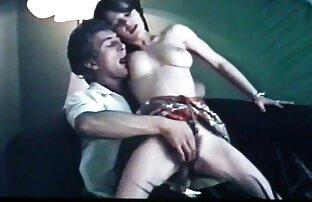 სტუდენტები დაასრულეს oral რასებს შორის sex doggy style in 69 პოზიცია.