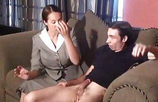 მას ეცვა corset, ახალგაზრდა გეი პორნო ვიდეო და bandage.